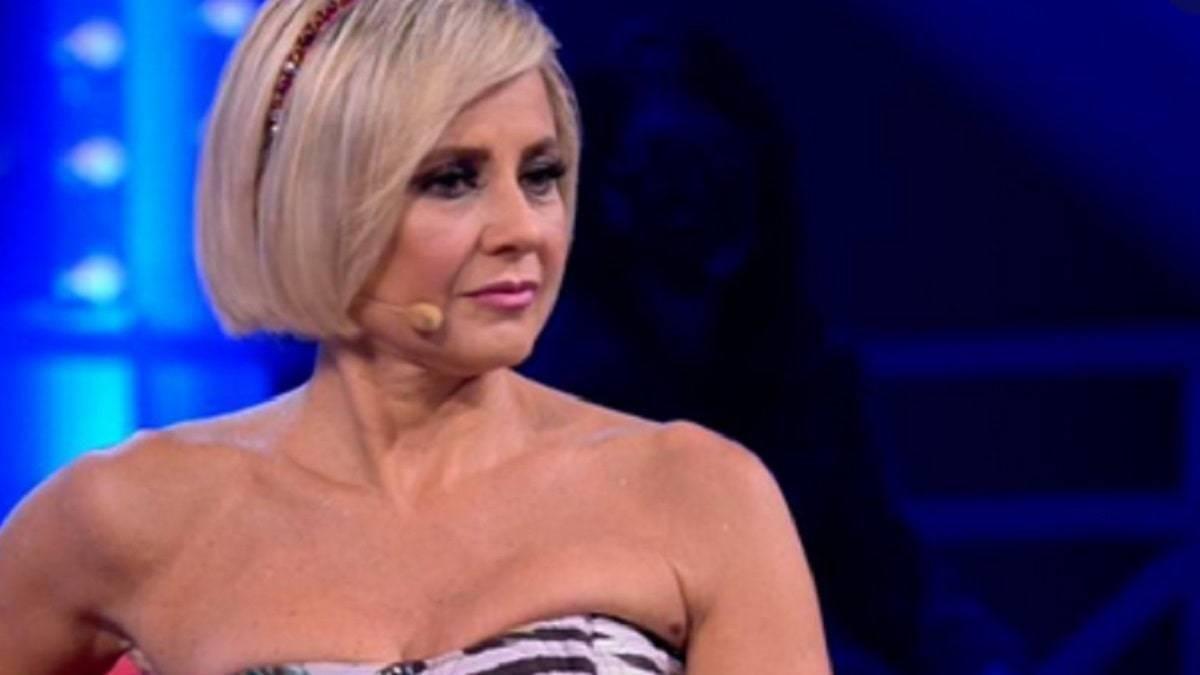 Antonella Elia attaccata a Matini 5
