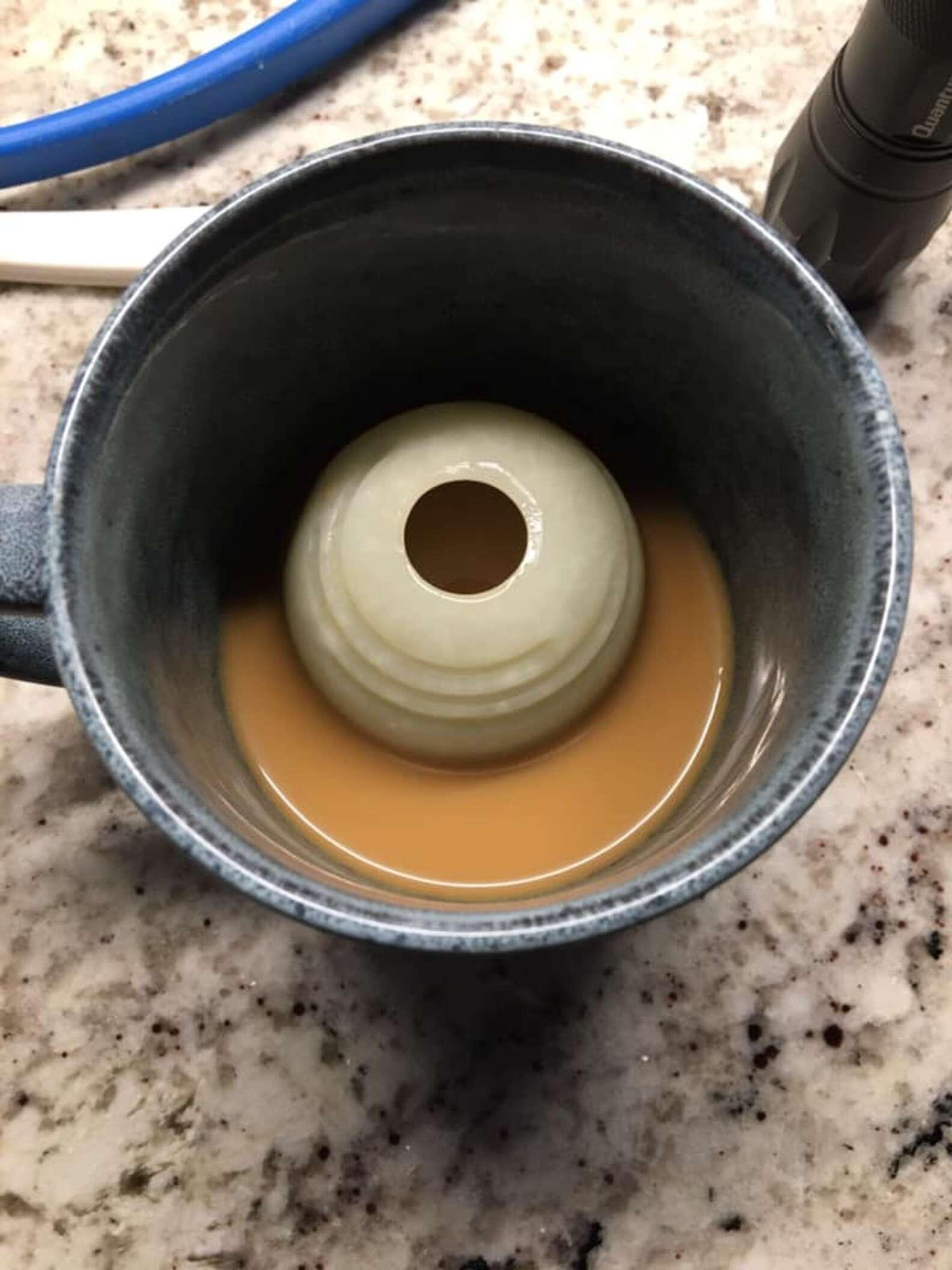 Il gioco finisce nel caffè