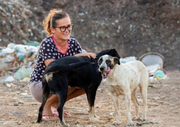 Margareth Medeiros e gli animali di strada