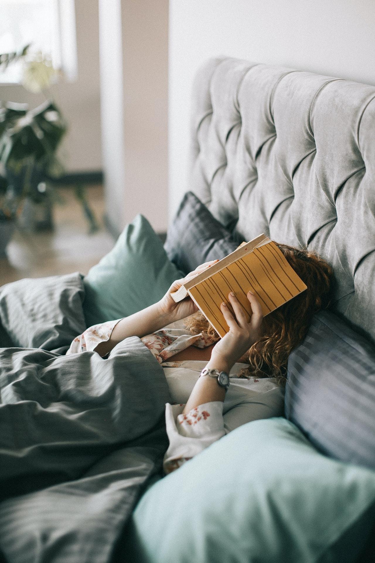 elementi-camera-letto-rilassanti