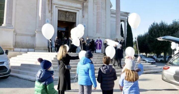 Funerale bambino 9 anni morto a Bari