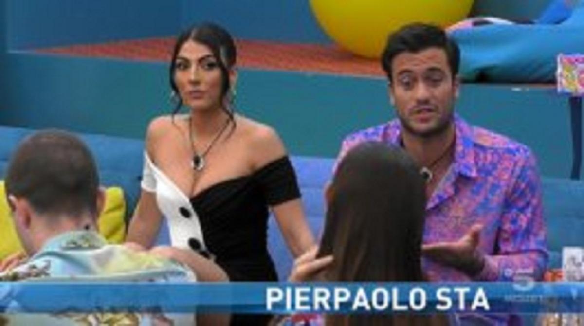 GF Vip, Dayane e Zorzi criticano la coppia Pretelli Salemi