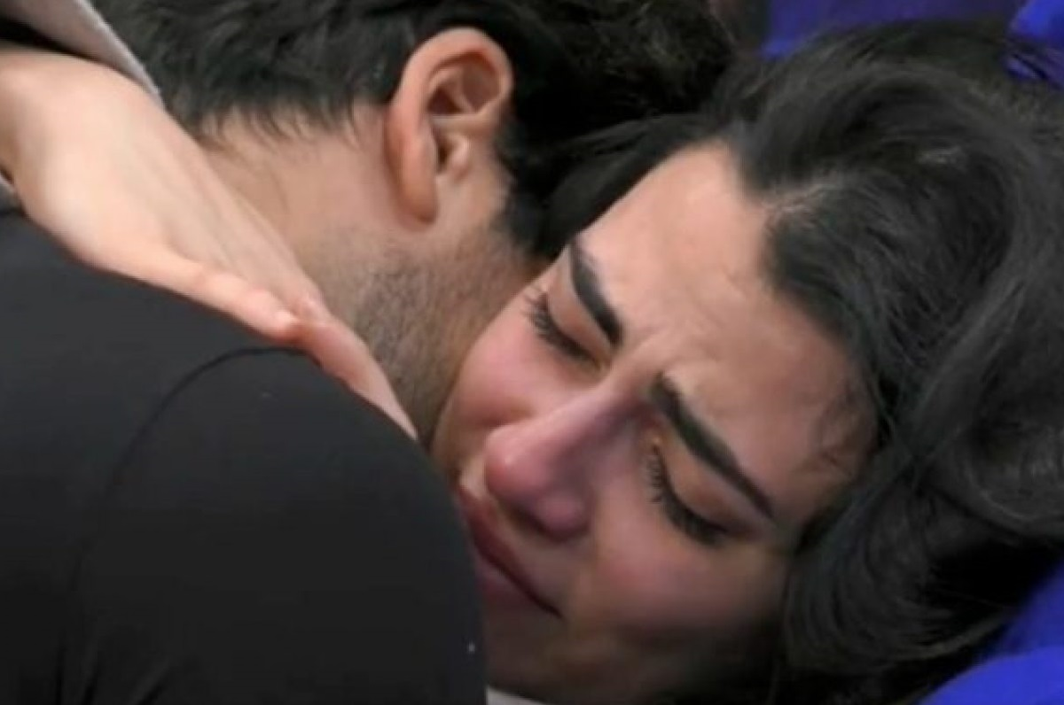 GF Vip: Giulia Salemi in lacrime per le parole della famiglia di Pretelli