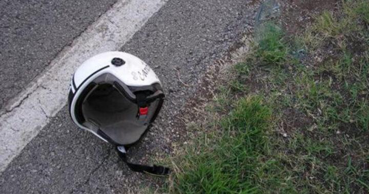 Milano, 16 enne cade dalla moto per evitare il fratello: in terapia intensiva