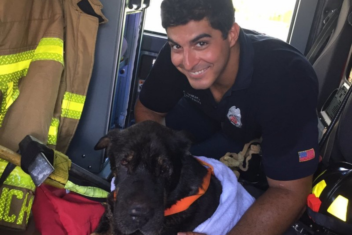 junior salvato pompiere
