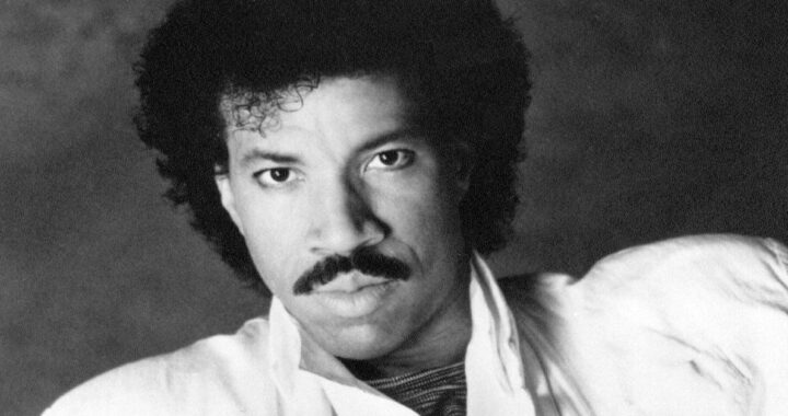 Che fine ha fatto Lionel Richie? Scopriamo cosa fa oggi il cantante