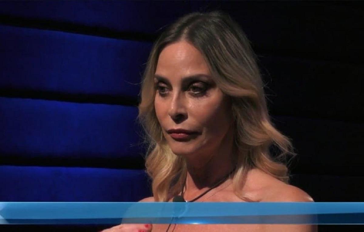 Stefania Orlando replica all'ex marito Roncato