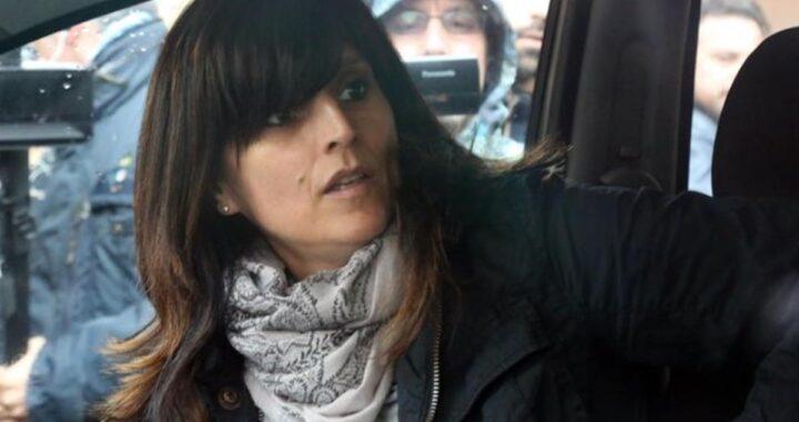 """Delitto di Cogne, Annamaria Franzoni all'udienza in tribunale sbotta: """"Ora basta""""."""