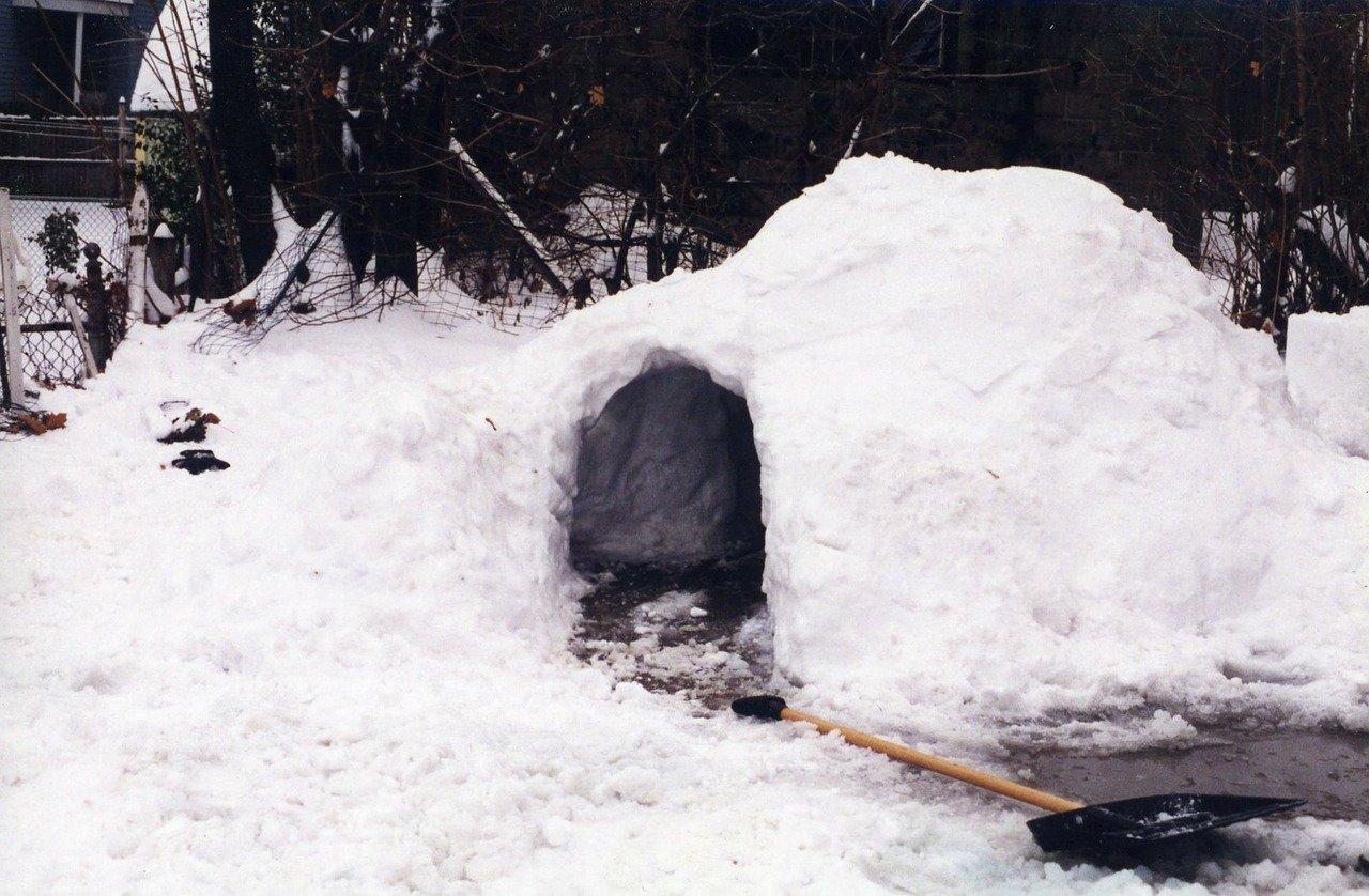 bimbo di 7 anni muore nell'igloo