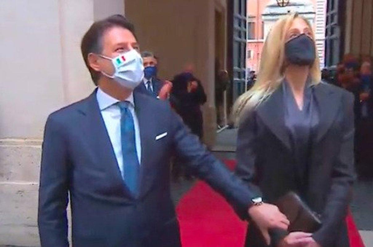 Giuseppe Conte se ne va Palazzo Chigi