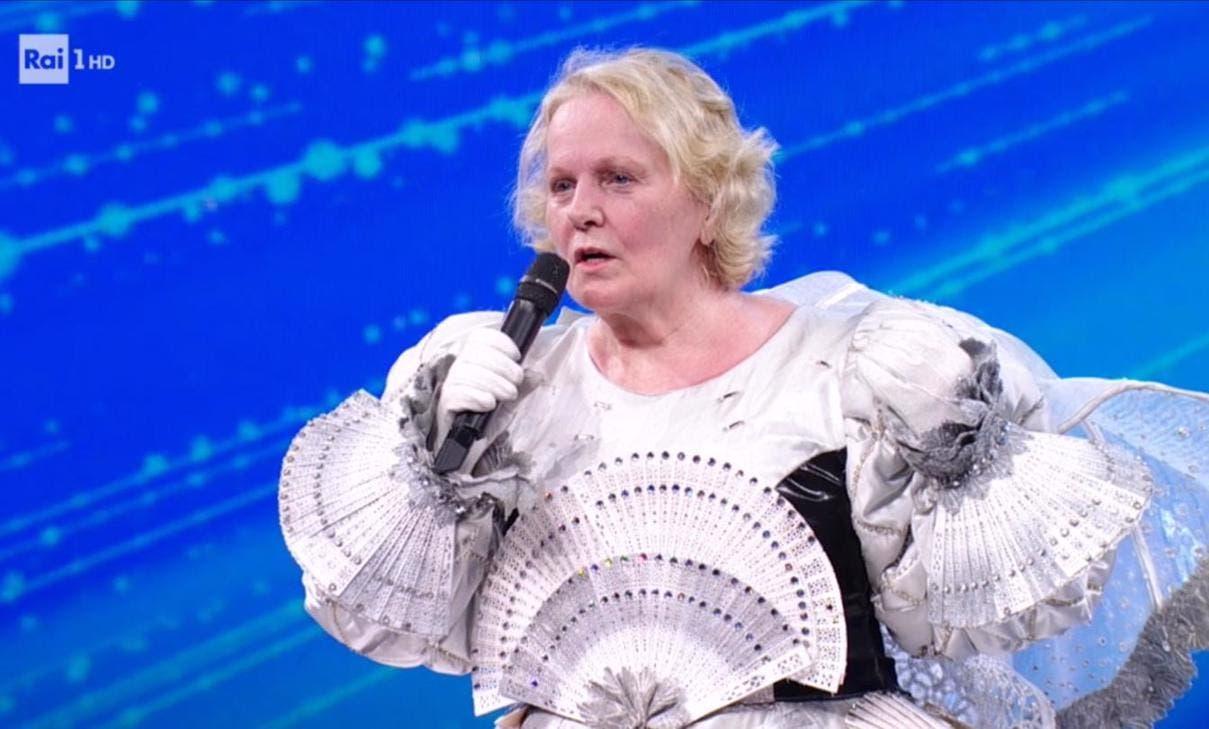 Mascherato cantante Katia Ricciarelli