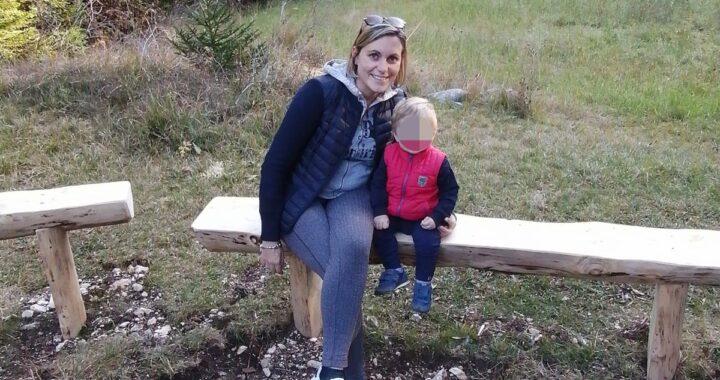 Mamma si suicida insieme al figlio di un anno e mezzo: il post su Facebook prima della tragedia