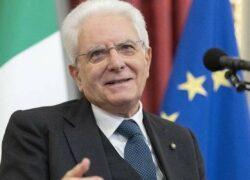 Sergio Mattarella ad una conferenza