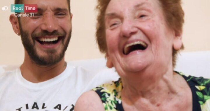 """Stefano De Martino ricorda la nonna scomparsa: """"Un esempio"""""""