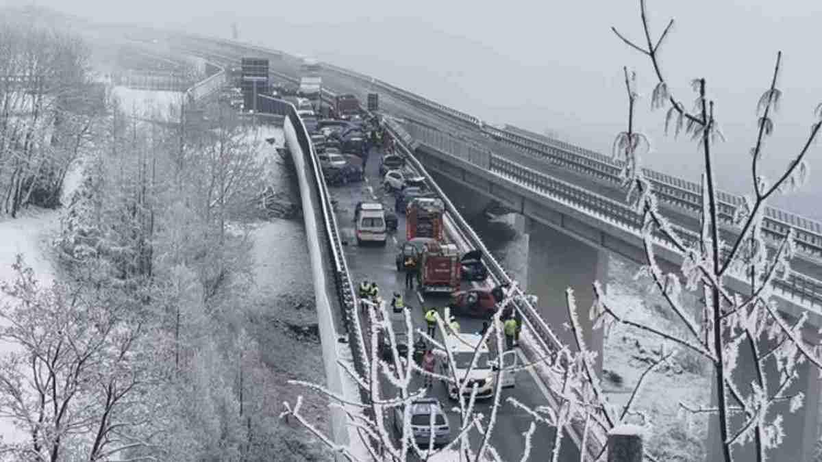 Bardonecchia-Torino maxi incidente
