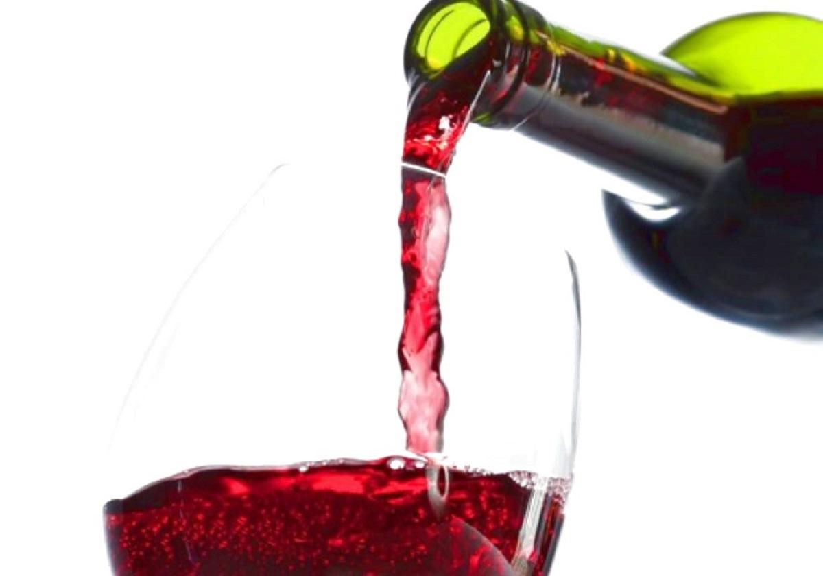 bicchiere e bottiglia