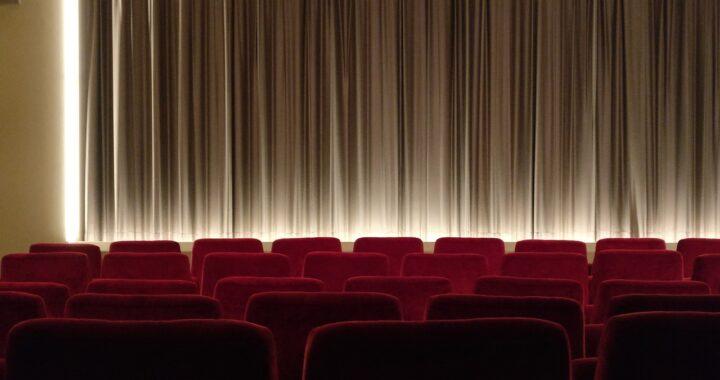DPCM per Pasqua: nuove chiusure, ma potrebbero riaprire cinema e teatri