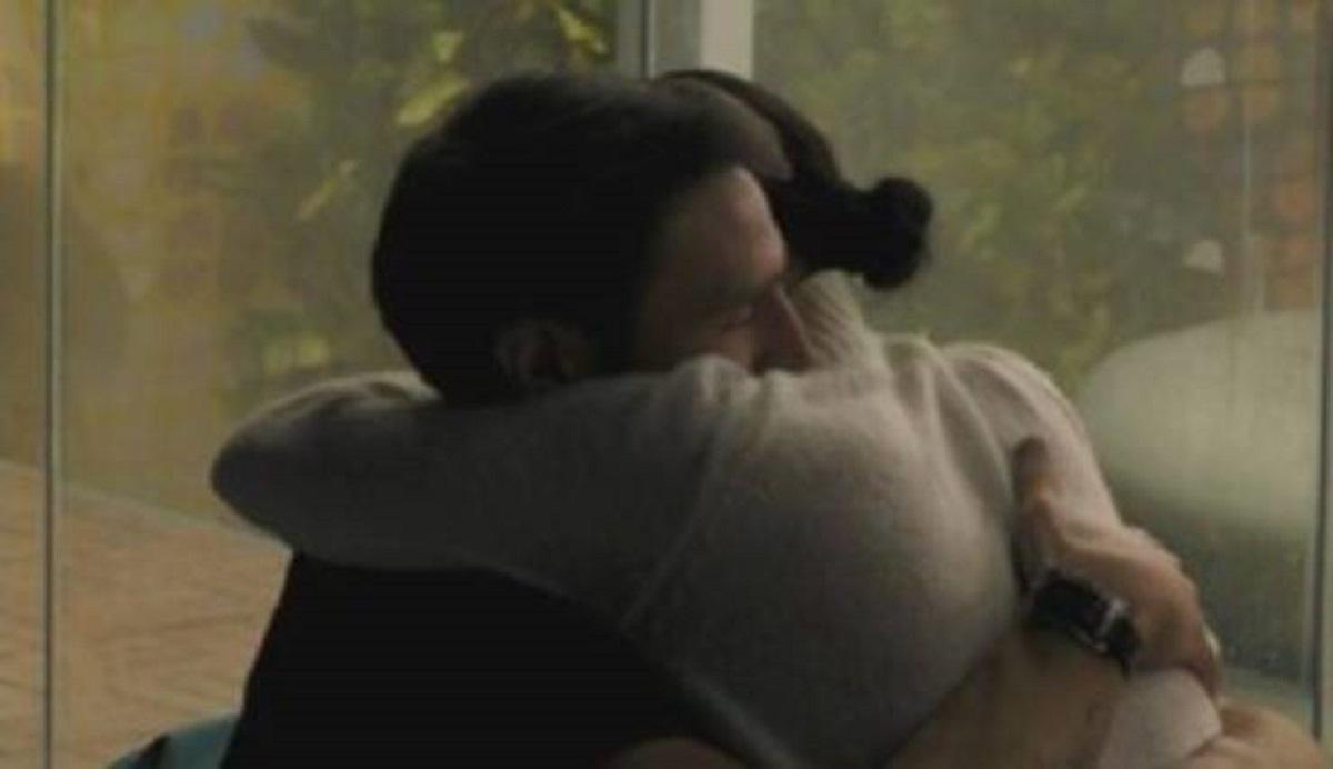 GF Vip: scatta il primo vero bacio tra Andrea Zenga e Rosalinda Cannavò