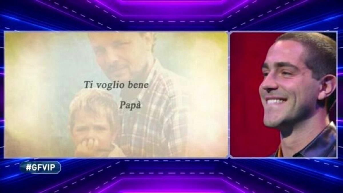 GF Vip: Tommaso Zorzi sorpreso per un messaggio del padre