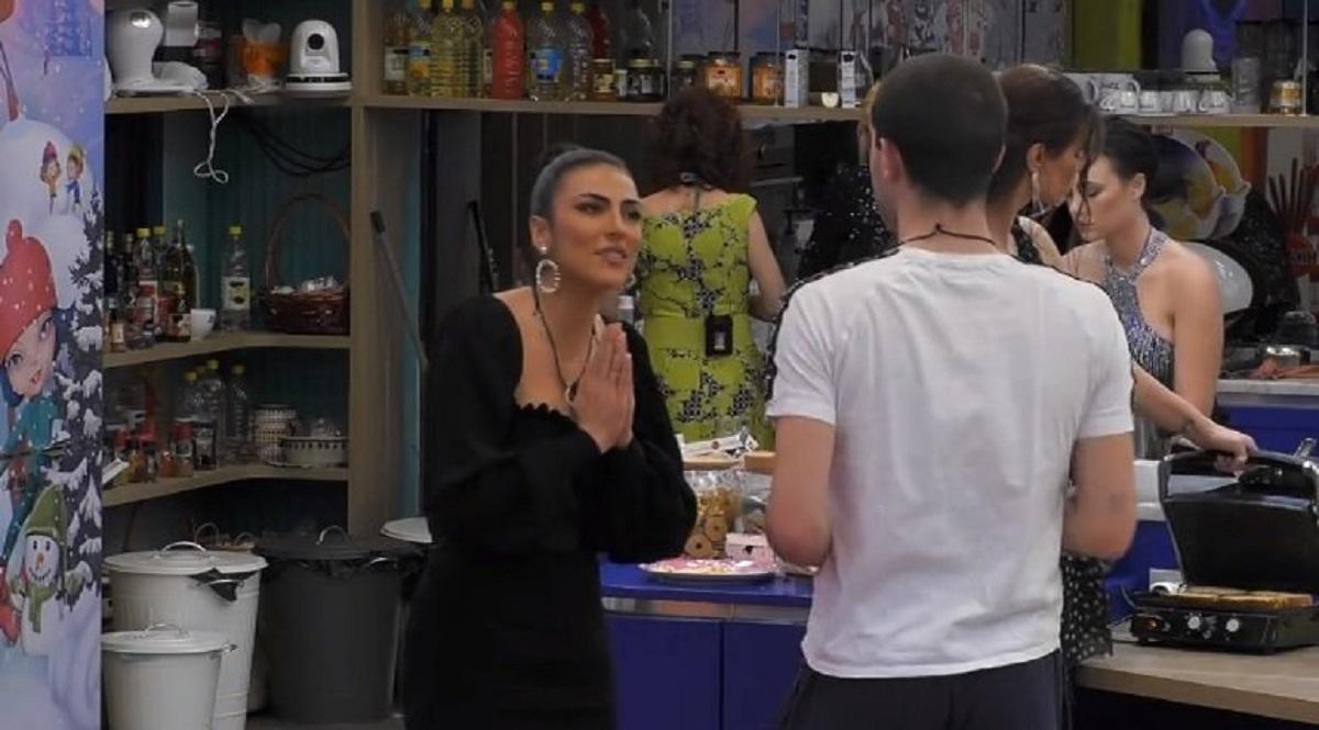 """GF Vip, Zorzi sbotta dopo l'ennesima lite: """"Falsa"""""""