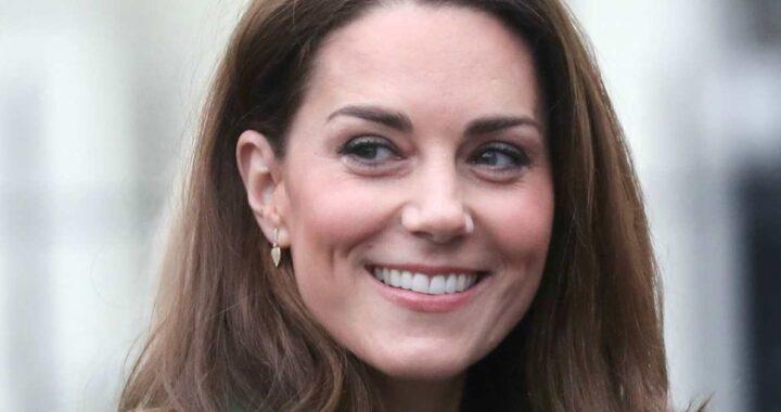 Kate Middleton, le modifiche al suo cappotto hanno fatto discutere i fan