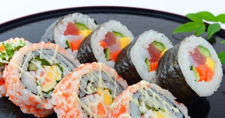 Cosa serve per fare il sushi a casa: la lista completa