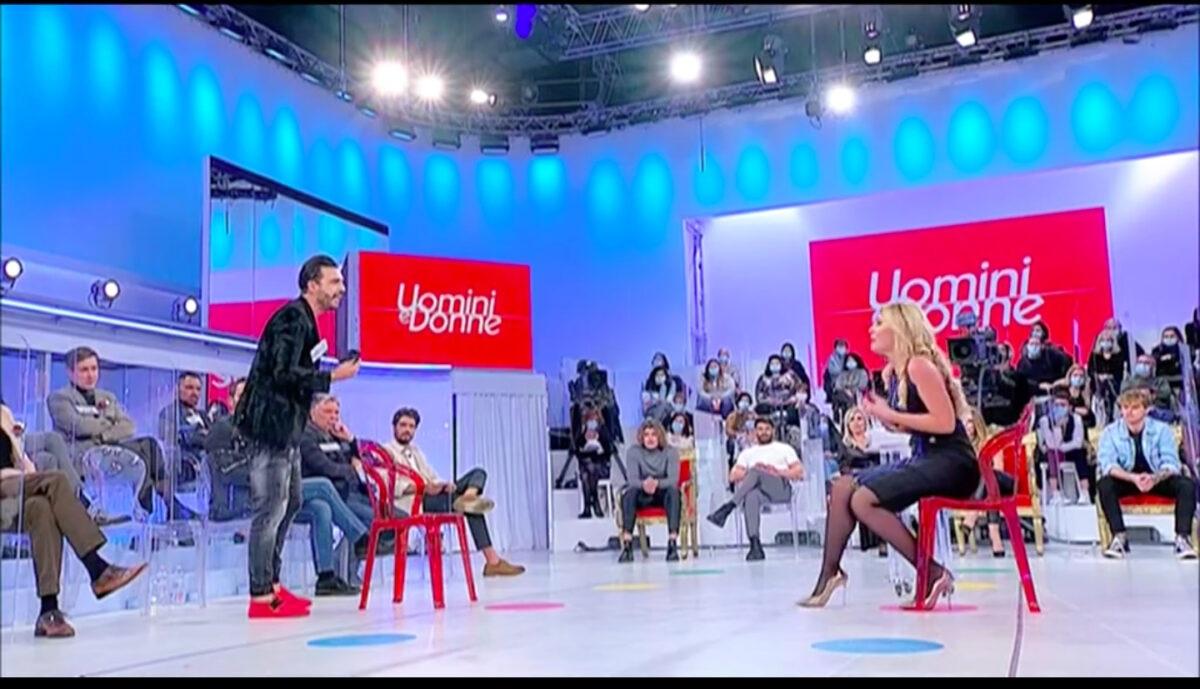 UeD: Veronica Ursida torna in scoppia la lite con Armando