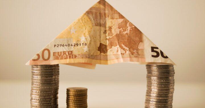 INPS richiede indietro i bonus di 600 euro pagati nel 2020, chi deve restituirlo