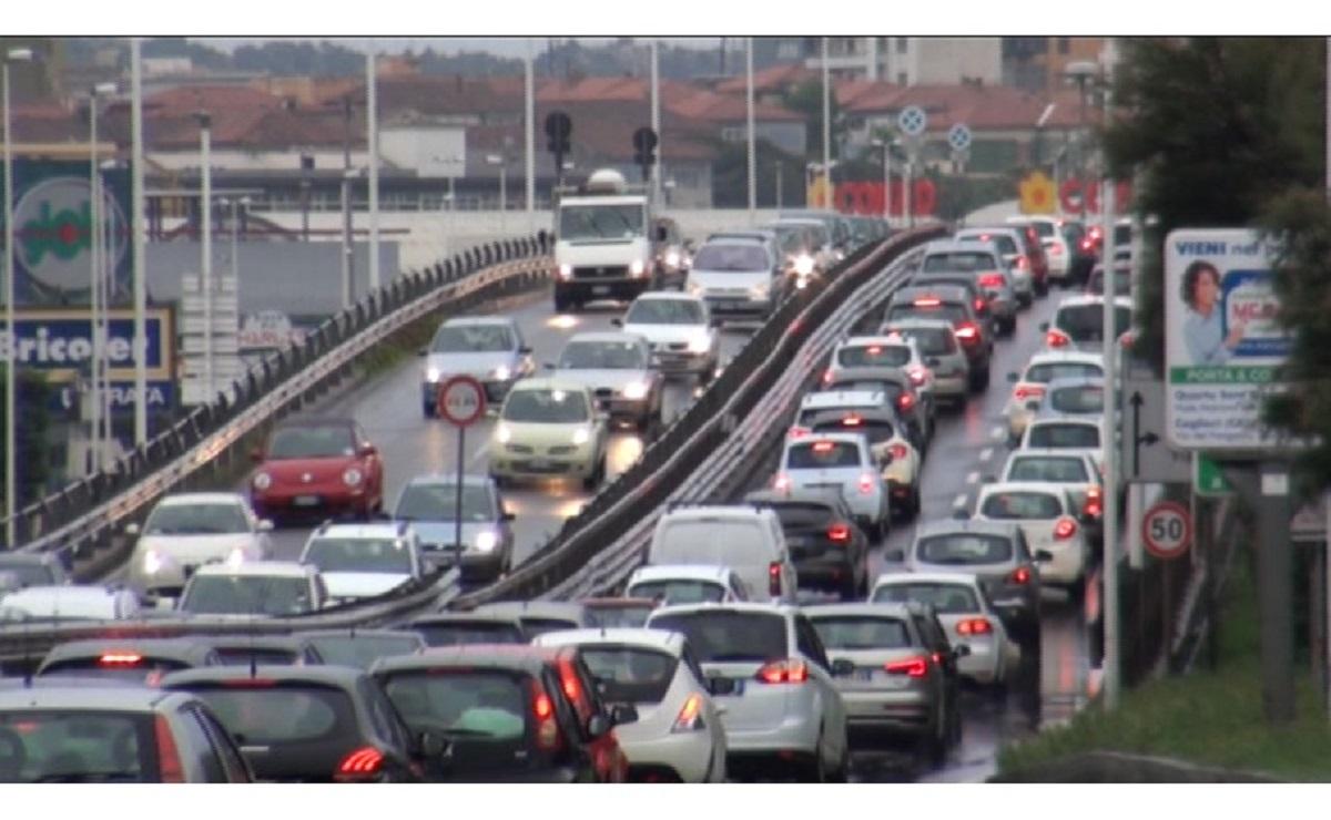 traffico in strada
