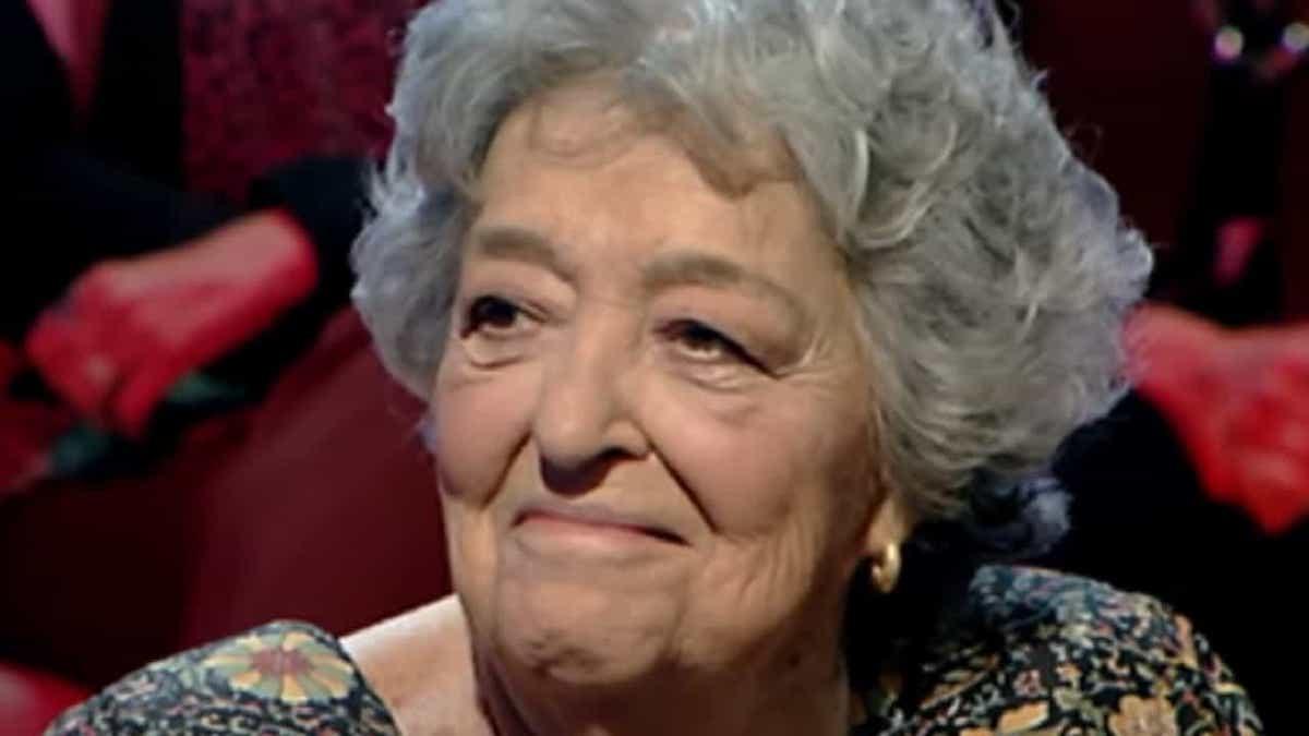 Emi De Sica sorridente
