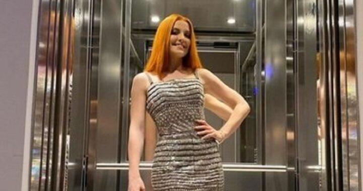 Sanremo 2021, Noemi divina sul palco dell'Ariston: il significato nascosto del vestito scelto dalla cantante