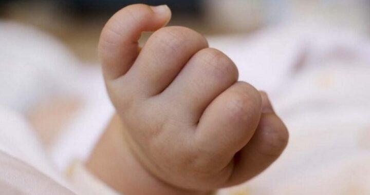 Roma, carrello si ribalta bimba di 16 mesi in condizioni molto gravi