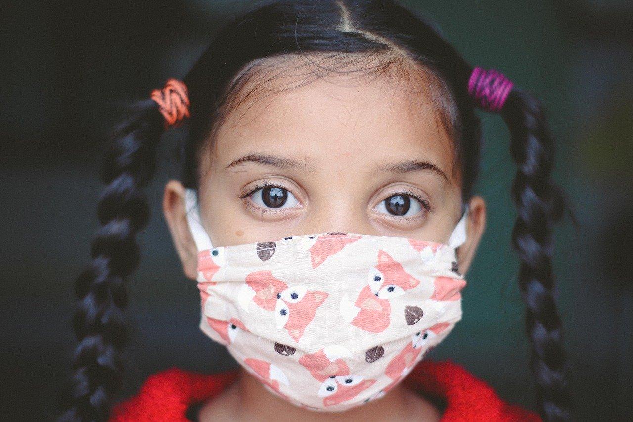 Bambina positiva al coronavirus