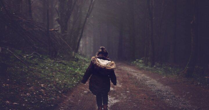 Bimba di 7 anni scomparsa sul Monte Pozzo: ritrovata sana e salva