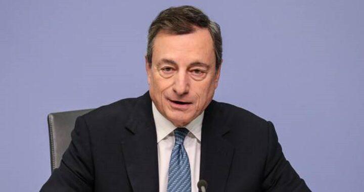 Dovremo dire addio al bonus cashback? Secondo le prime indiscrezioni il premier Draghi potrebbe cancellare tutti i rimborsi