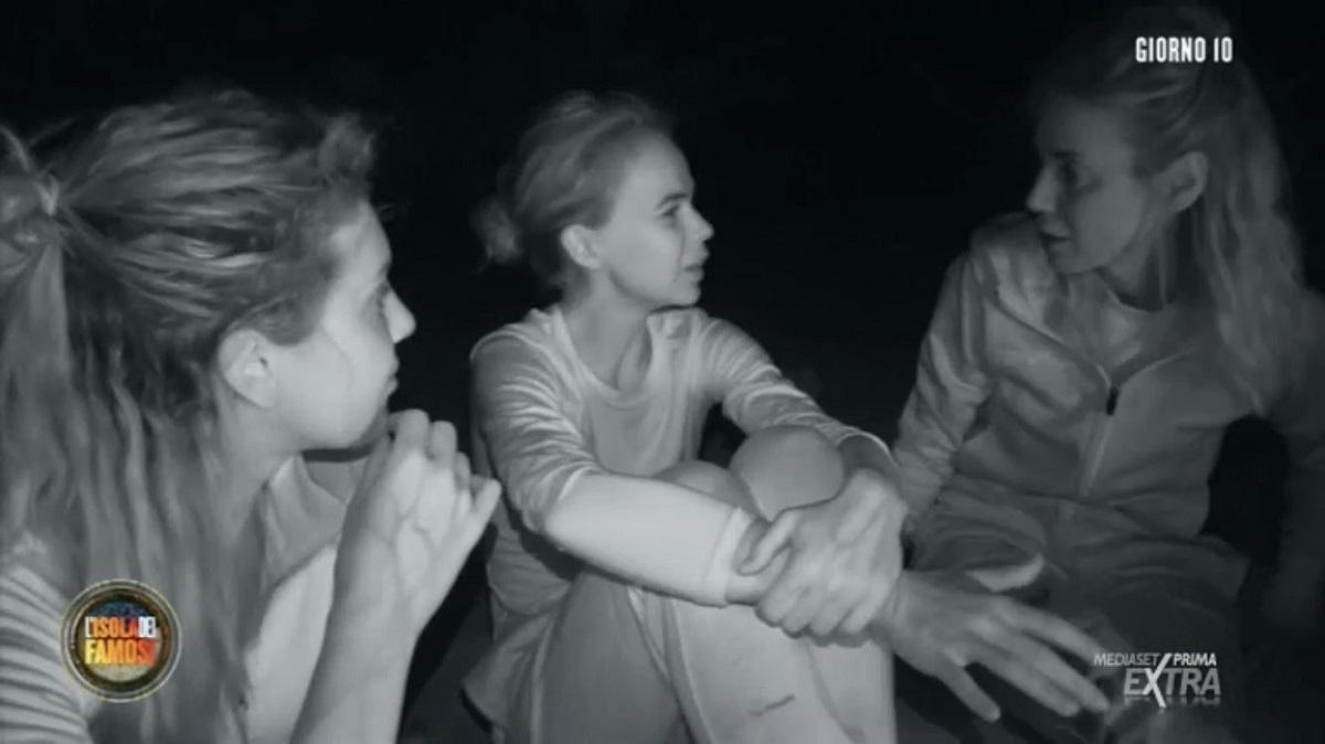 """L'Isola dei Famosi, Drusilla Gucci: """"Casa è infestata da fantasmi"""""""