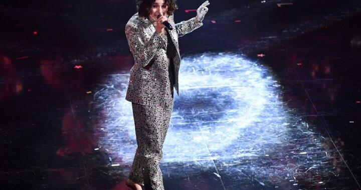 Madame scalza sul palco di Sanremo: perché? Lo spiega lei stessa