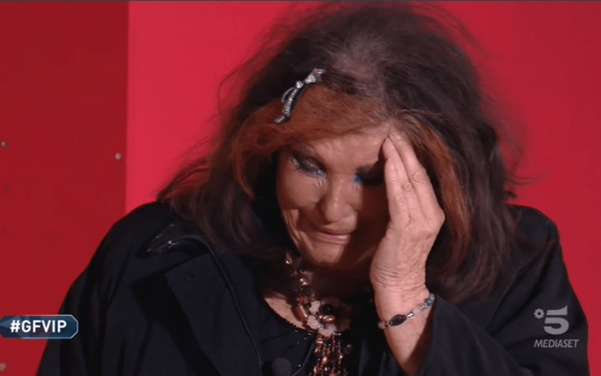 Patrizia De Blanck da Bonolis perde un dente