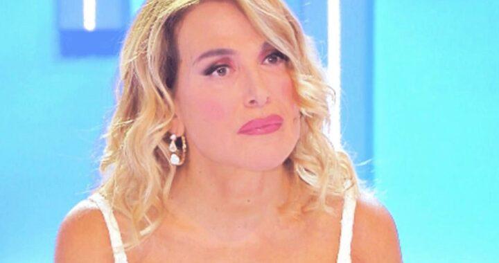 """Barbara D'Urso: """"Costretta ad andare dallo psicologo, ho sofferto tanto"""""""