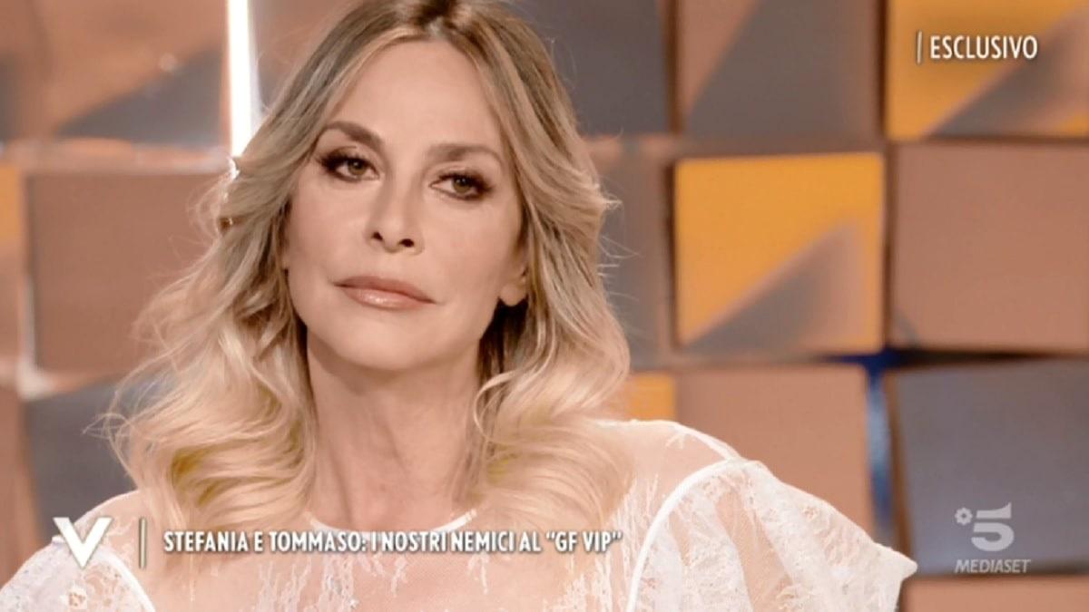 Stefania Orlando svela cosa è realmente successo in magazzino tra Dayane e Rosalinda