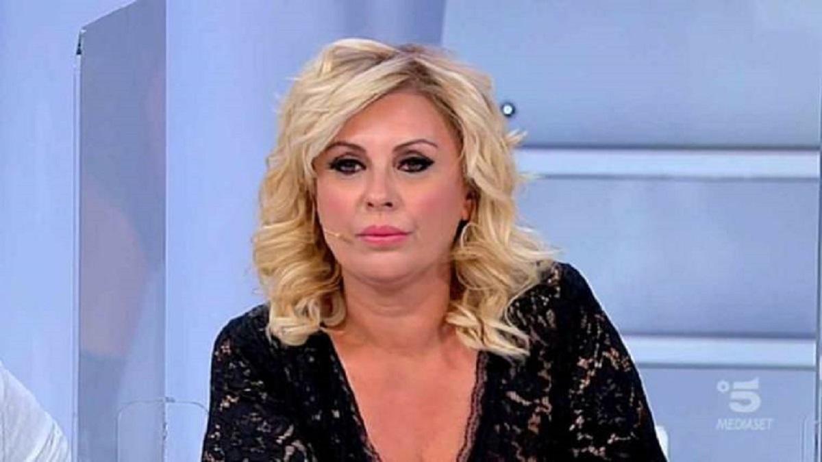 UeD Tina Cipollari non sta bene