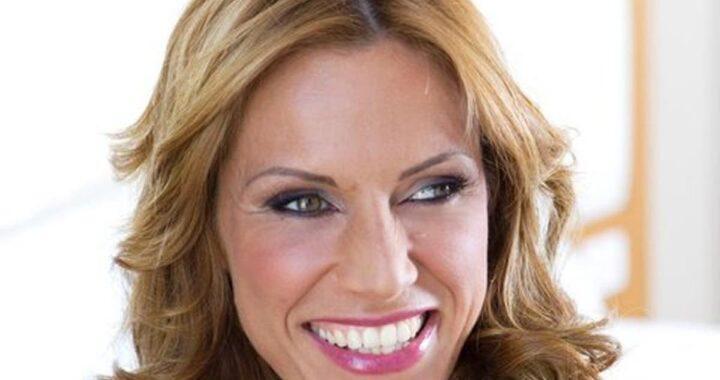 Annalisa Minetti tornerà a vedere, la bella notizia svelata proprio dalla cantante. I dettagli