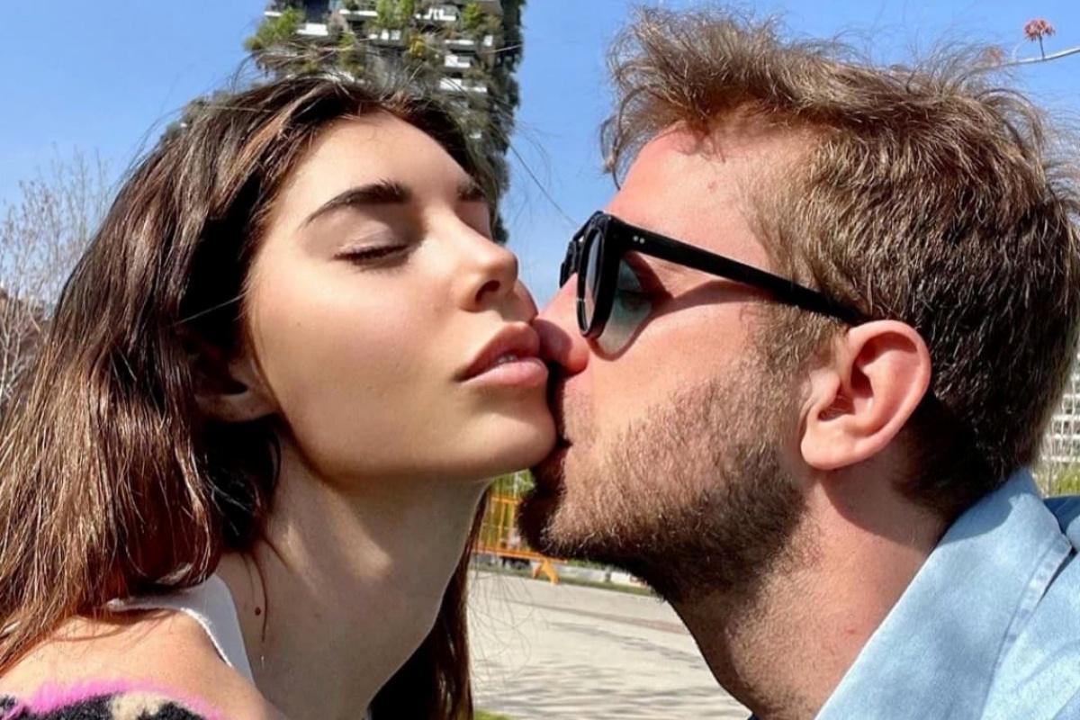 Bianca Atzei e Stefano Corti protagonisti di una simpatica gag