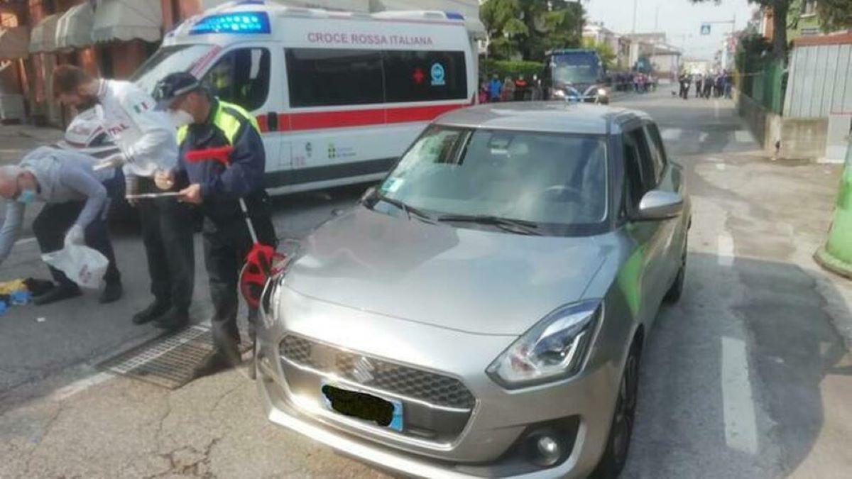 Verona, Cristina Andreis è morta dopo che un'auto l'ha investita davanti alla scuola di sua figlia