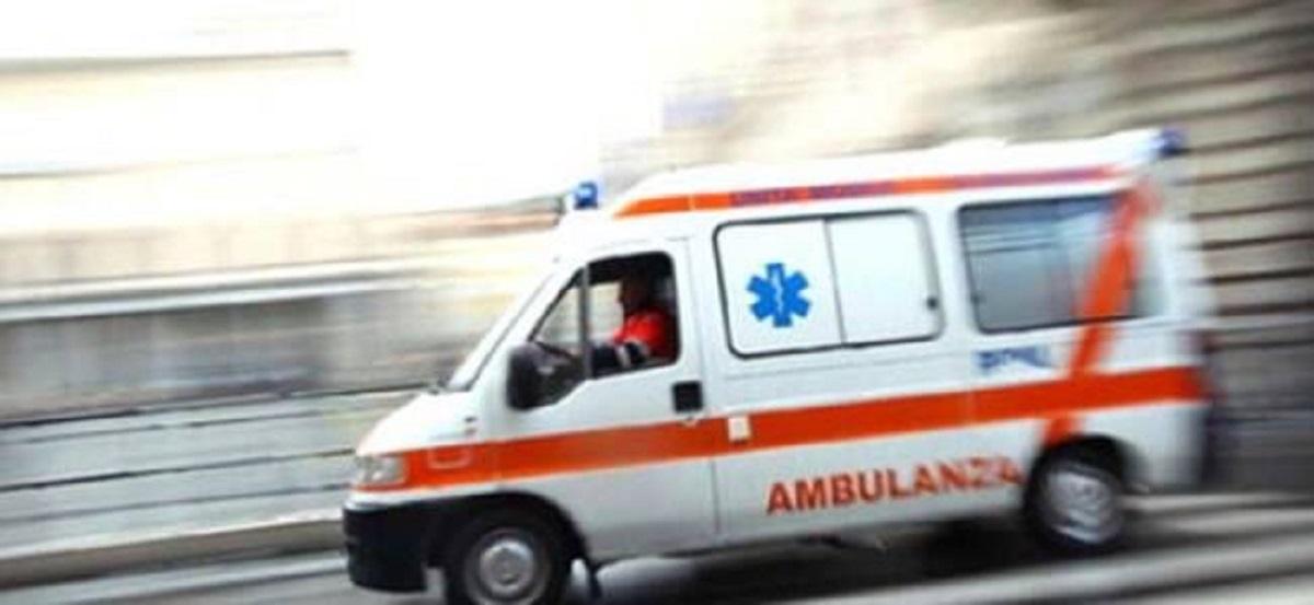 Ambulanza che corre