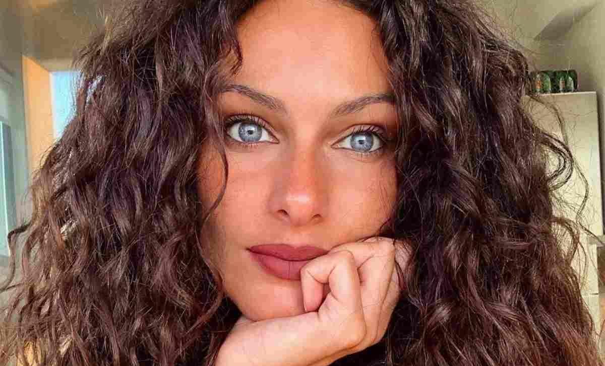 Paola Turani in lacrime