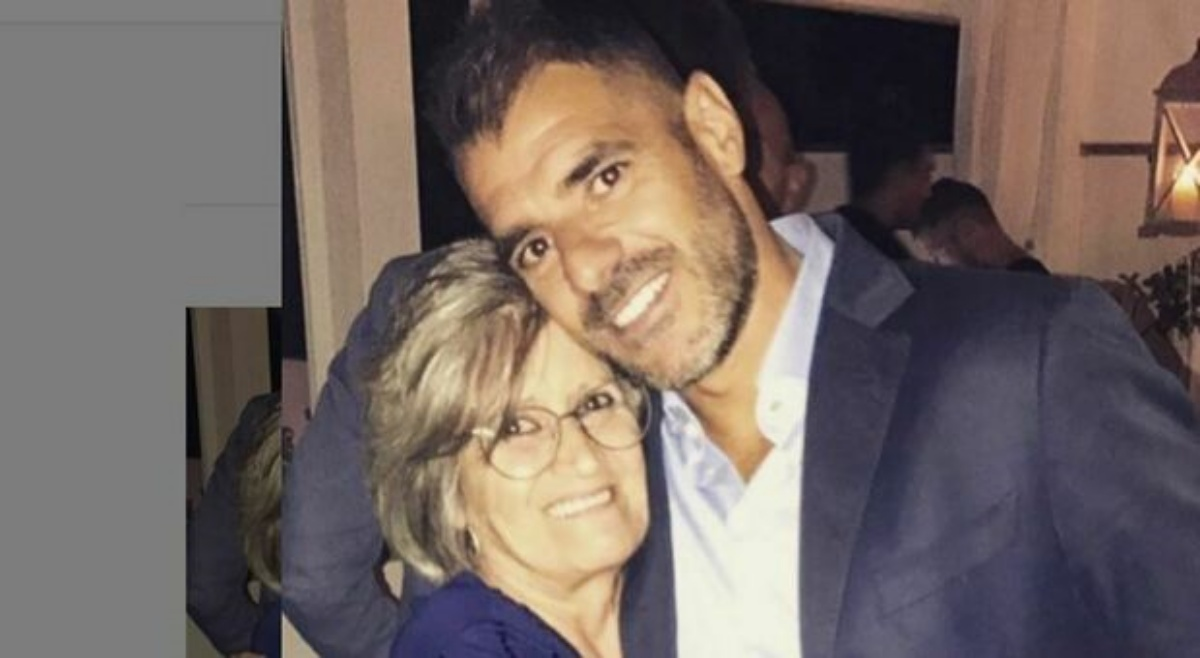 Tutto il dolore di Simone Perrotta, per la morte di sua mamma