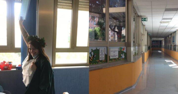 Si laurea nei corridoi dell'ospedale in cui è ricoverato il suo bambino: messaggio di gioia e speranza da una giovane mamma