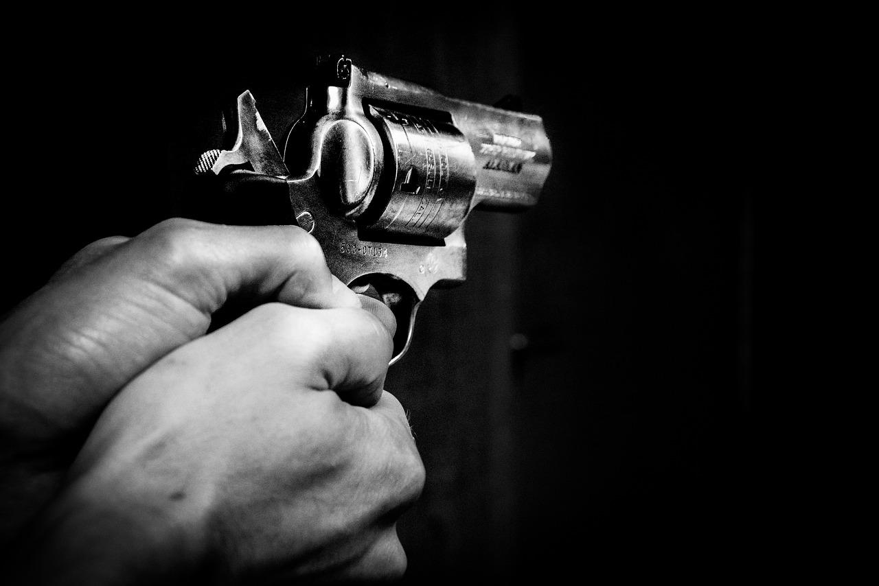 Who shot the little girl?