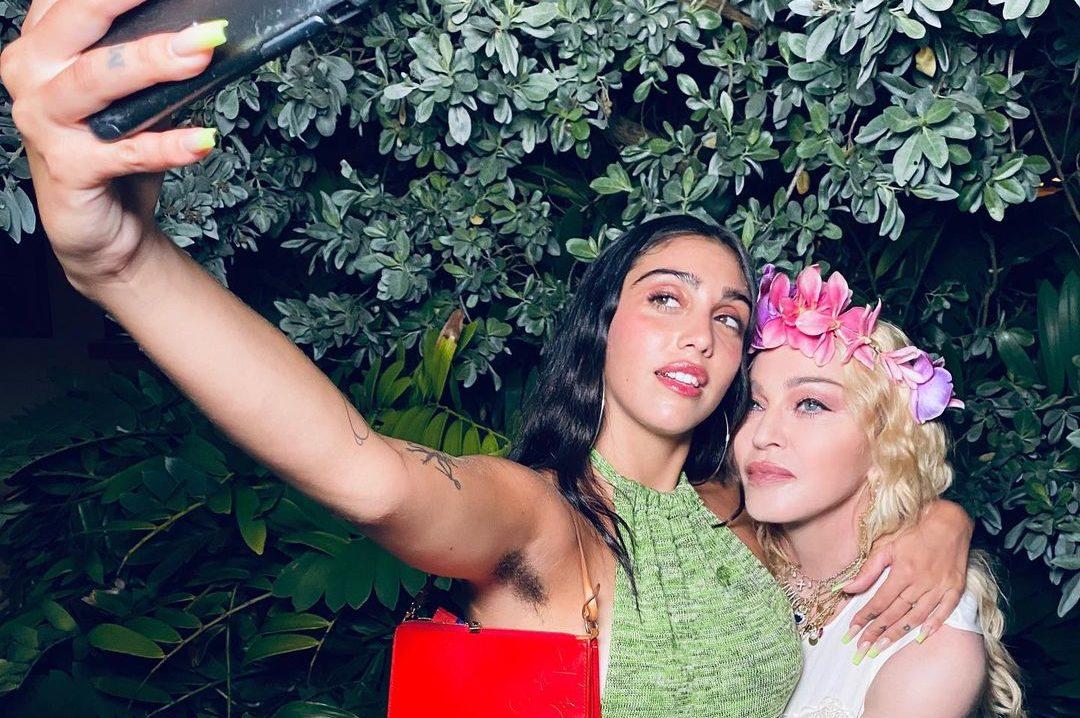 Madonna con la figlia